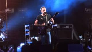 preview picture of video 'Kings Of Leon - Taper Jean Girl (2013-06-16, Nova Rock, Nickelsdorf)'