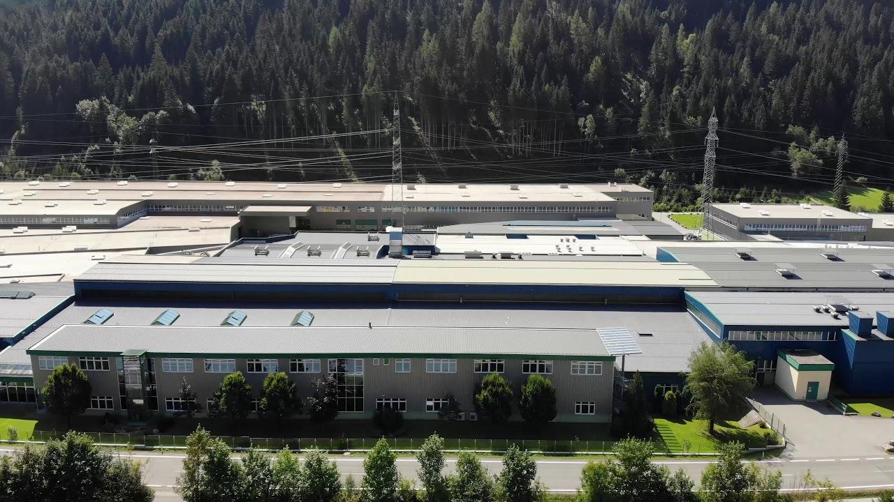 Vorschaubild Unsere Produktionsstätte in Wagrain aus der Vogelperspektive