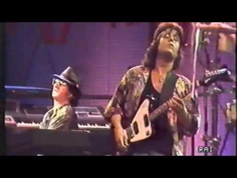 , title : 'Pino Daniele - O'i ne' - Tour Bonne Soirèe 1987 (video raro)'