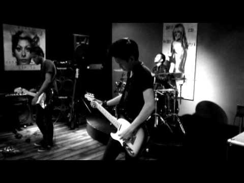 SHANN - Resonansi Hati (Official Video Clip)