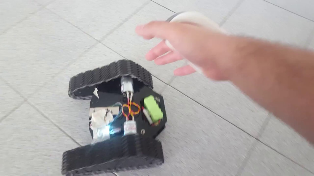 Tracked Rover control with Gesture