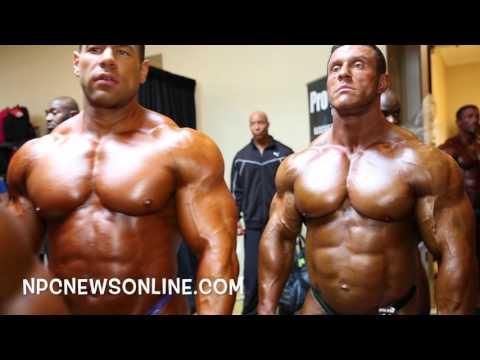 Balancer le dos le plus large muscle du dos