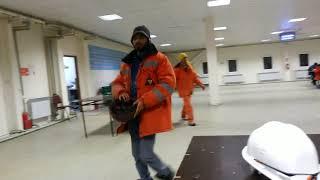 Абу-Даби Плаза Астана как индусы обедают