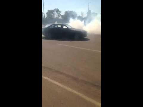 BMW E36 325i Burnout