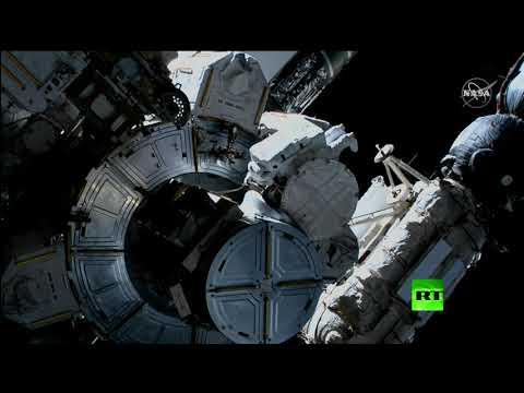 العرب اليوم - شاهد: خروج رائدين من المحطة الدولية إلى الفضاء المفتوح
