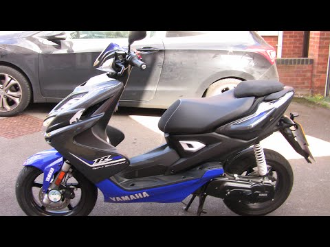Yamaha Aerox R 2014 Review/Tour! (Update, In Real Life Video :D)