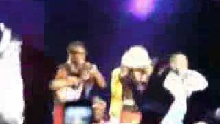 Madonna Desmaia Madonna Faints em 103 FULL VIDEO HQ
