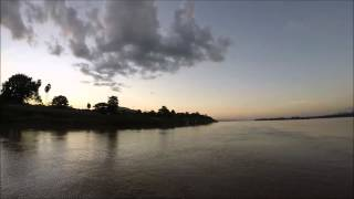 preview picture of video 'Nakhon Phanom river cruise mekong'