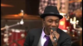 Aloe Blacc (Avicii) - Wake Me Up - live - HD