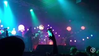 Creep In A T-Shirt and Someday Believers - Portugal. The Man (Live)
