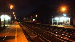 preview picture of video '[ČD] Czech passenger train passing Praha-Dolní Počernice station it´s way tovards Praha hl.n.'