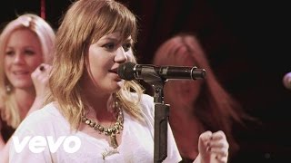 Kelly Clarkson - My Life Would Suck Without You (Live From the Troubadour 10/19/11)