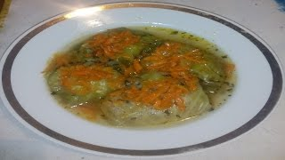 Голубцы В этом видео я показываю рецепт приготовления голубцов. Ингредиенты: - капуста - мясо (я брала свинину около 800 г) - рис (1 стакан) - лук репчатый