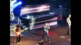 Living For Tomorrow - Scorpions (Live In Israel 2012)