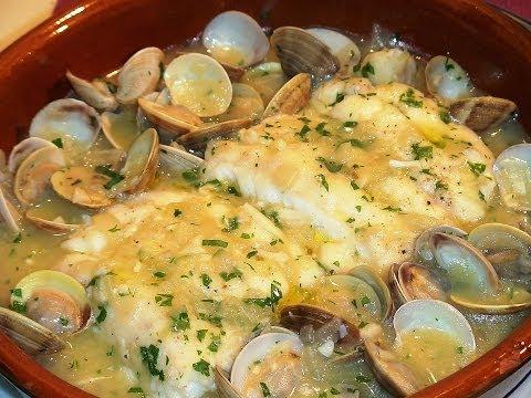 Receta Merluza con almejas en salsa verde - Recetas de cocina, paso a paso, tutorial. Loli Domínguez