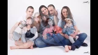 צילומי משפחה וצילומי הריון עם החבר הכי טוב