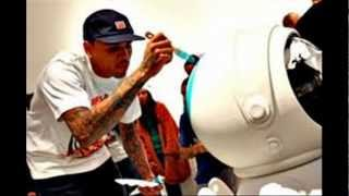 Chris Brown - Bitch I'm Paid (Lyrics)