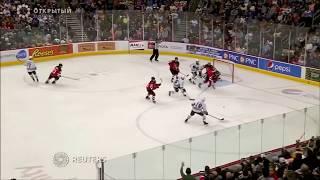 Рекордное количество плюшевых медведей на хоккейном поле