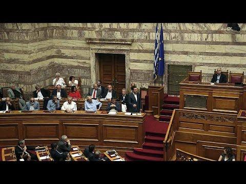 Ελλάδα: Νόμος του κράτους τα προαπαιτούμενα- Απώλειες για τον ΣΥΡΙΖΑ
