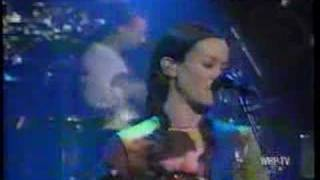 Alanis Morissette - So Pure live on Letterman