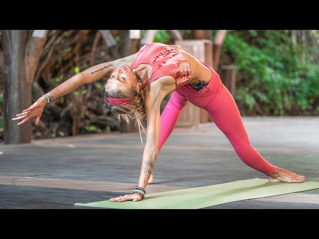 30 Min Morning Yoga | For Strength & Peace In Challenging Times ???? #StayHome