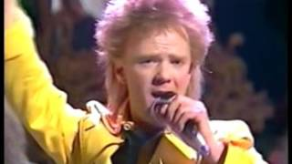 Jimmy Sommerville - Dancing Queen (Live)