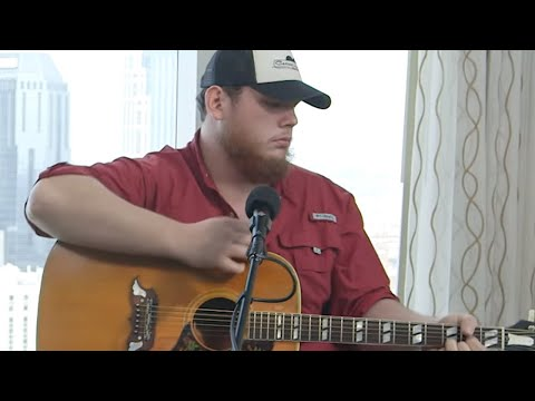 Luke Combs Debuts Unreleased Song, Surprising Lucky Fans