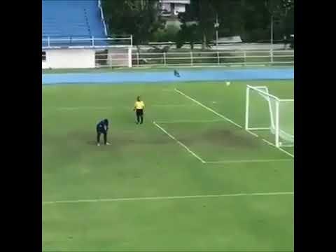 o futebol leva a tristeza em alegria em alguns segundos