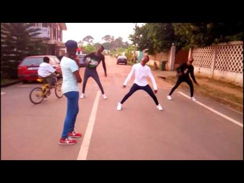 Download Comedy Mad Over You Dance Video Runtown Mp4 & 3gp