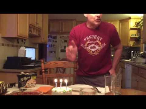 - Du har blåst ut bursdagslysene feil hele livet!