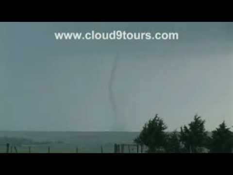 Tornado near Grainfield, KS May 22, 2008