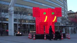 VIDEO: Elephant Rouge / Red Elephant - Illuminart - Montreal, Canada 2017