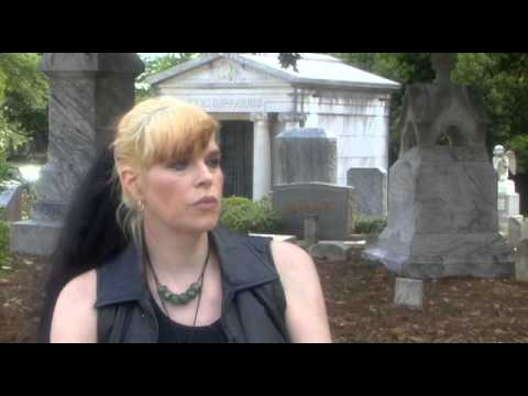 H.P. Lovecraft: Fear Of The Unknown -- Documentary that looks at the life, work and mind behind the Cthulhu Mythos. (2008)