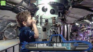 Спускаемся в подводную лодку и поднимаемся на военный корабль в Cиднее Военно морской музей