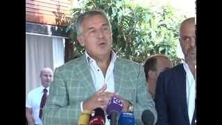 preview picture of video 'Milo Đukanović - Cavtat 25.08.2014.'