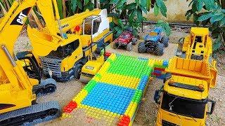 포크레인 장난감 트럭 블럭 만들기 놀이 Excavator Toy Build Block Car Toys