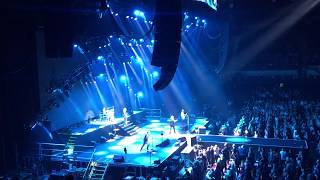 Def Leppard - Run Riot (Intro) - Adelaide South Australia 2018