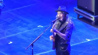 DOOBIE BROTHERS 29-Oct-2017 LONDON 07 Eyes Of Silver & 08 Clear As The Driven Snow