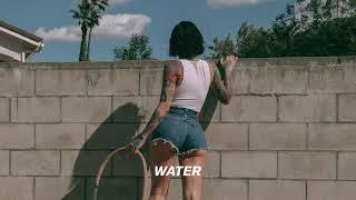Kadr z teledysku Water tekst piosenki Kehlani