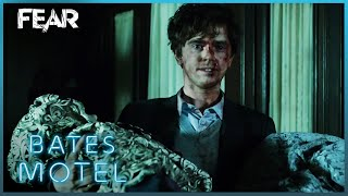 Norman Takes Normas Body Back To The Motel | Bates Motel