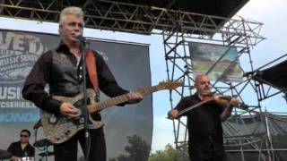 Dale Watson peforming I LIE WHEN I DRINK