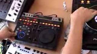DJmag – James Zabiela DJ Tricks – 04