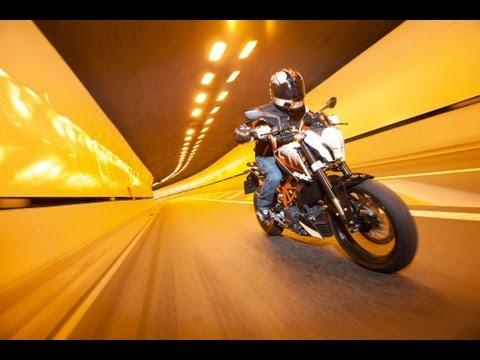 2013 KTM 390 DUKE ABS In Action