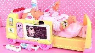 Ambulance Baby Doll Doctor Corolle Mon Premier Bébé malade Doc La Peluche