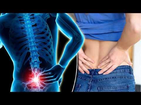 Der heftige Schmerz in der rechten Seite des Rückens