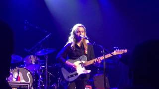 Julien Baker - Turn Out The Lights video