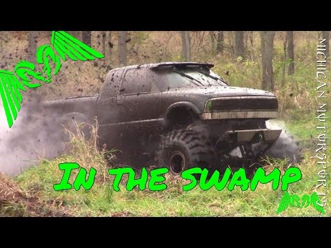 Sick S10 Ripping Up The Swamp!