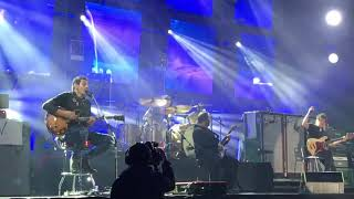 Divididos - Sisters (Montevideo 28/7/2018)