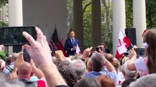 Prezydent Duda przemawia na Greenpoincie