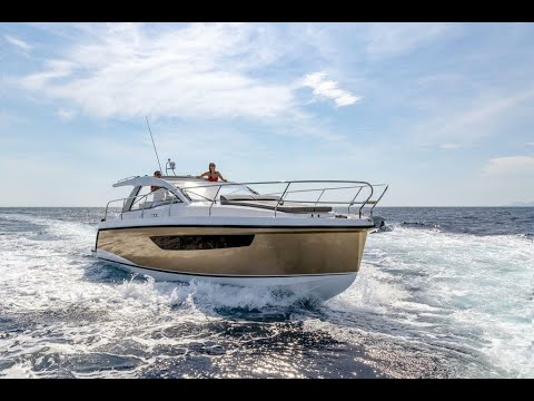 Picture Of a 2022 Sealine 33 S330v Motor Yachts | 1628691